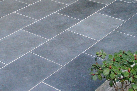 External split paving